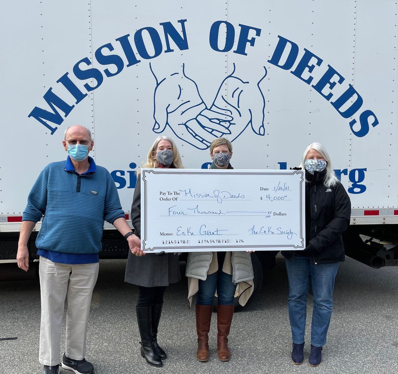 En Ka Society presents a grant to Mission of Deeds